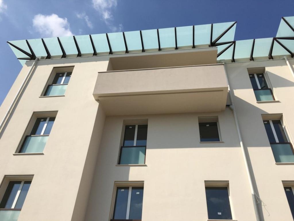 Barriere Antirumore Per Balconi crystalglass modena | pensiline in vetro<br>
